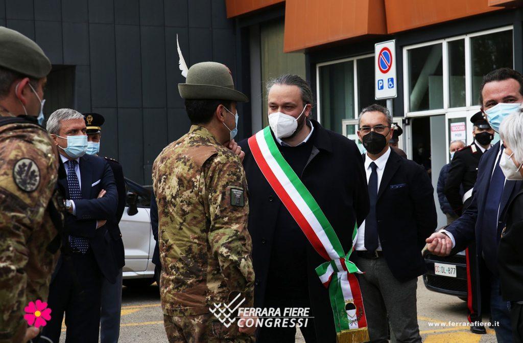 Generale_Figliuolo_Alan_Fabbri_Sindaco_Andrea_Moretti_Fiera_Ausl_Vaccino_Visita_Ferrara